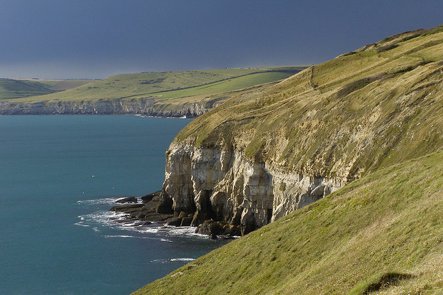 Purbeck-Coast-by-Flickr-User-Treehouse1977